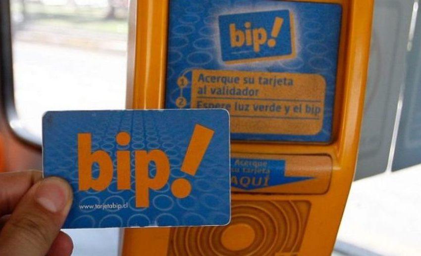 Comenzó a regir nueva tarifa de pasajes para el transporte público en Santiago.