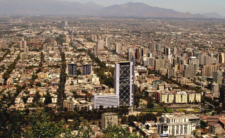 Gobierno decretó cuarentena en 38 comunas de la Región Metropolitana a partir de este viernes