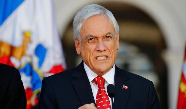 """Piñera en picada contra el Congreso: anuncia instancia para """"perfeccionar"""" criterios en presentación de proyectos de ley"""