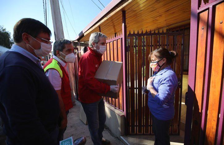 """Instructivo de gobierno para entrega de comida exige funcionarios """"bajando cajas"""" y """"siempre valorar al Presidente"""""""