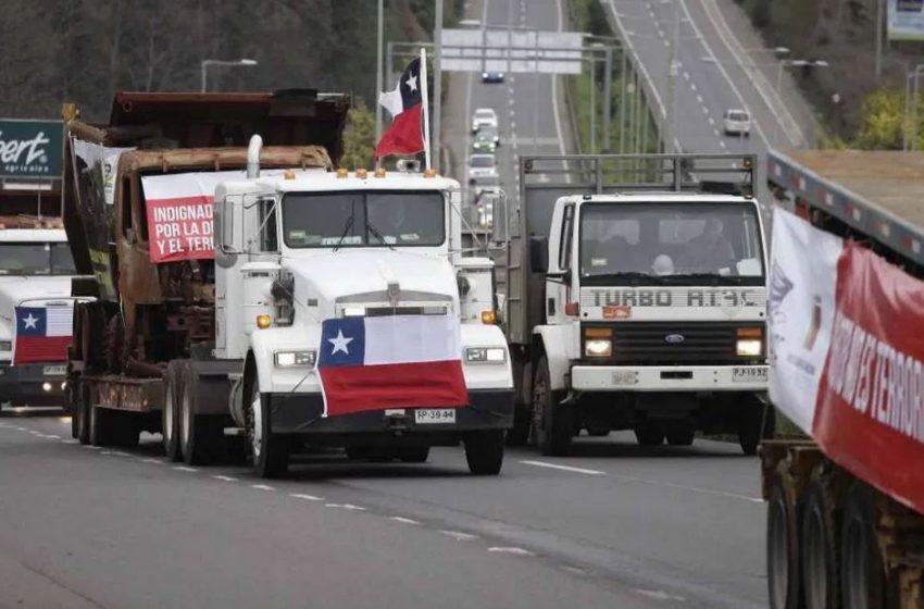 """Gremio del transporte de carga amenaza con """"no trabajar ni abastecer a la nación"""""""