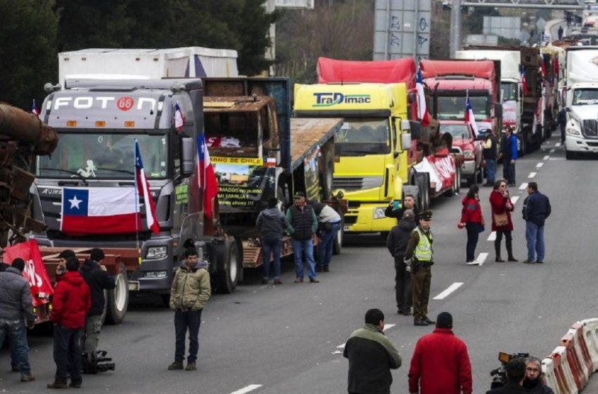 Gobierno permite y tolera obstrucción de las carreteras durante paro de transportistas de carga