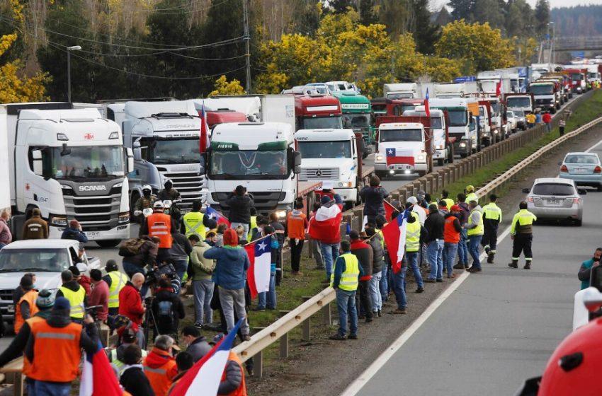 Comienzan a sentirse las consecuencias del paro de dueños de camiones