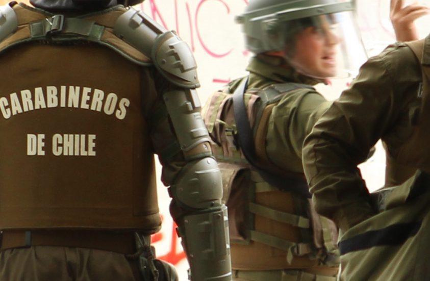 Amnistía Internacional pide indagar responsabilidades penales del Alto Mando de Carabineros