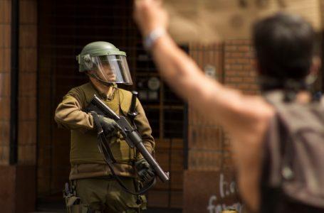 """Estudio sobre defensores de DD.HH. en Chile recomienda adoptar """"medidas urgentes"""" para su protección"""