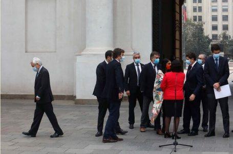 Noticias 23-30 de abril: Gobierno sin conducción tras portazo del TC por retiro del 10%
